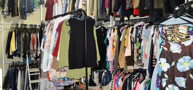 a8f74ca20 Bazar em prol do Hospital de Clínicas é realizado hoje em Curitiba ...