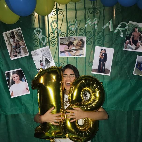Menina Ganha Festa Surpresa Com Tema Brumar 98fm Curitiba